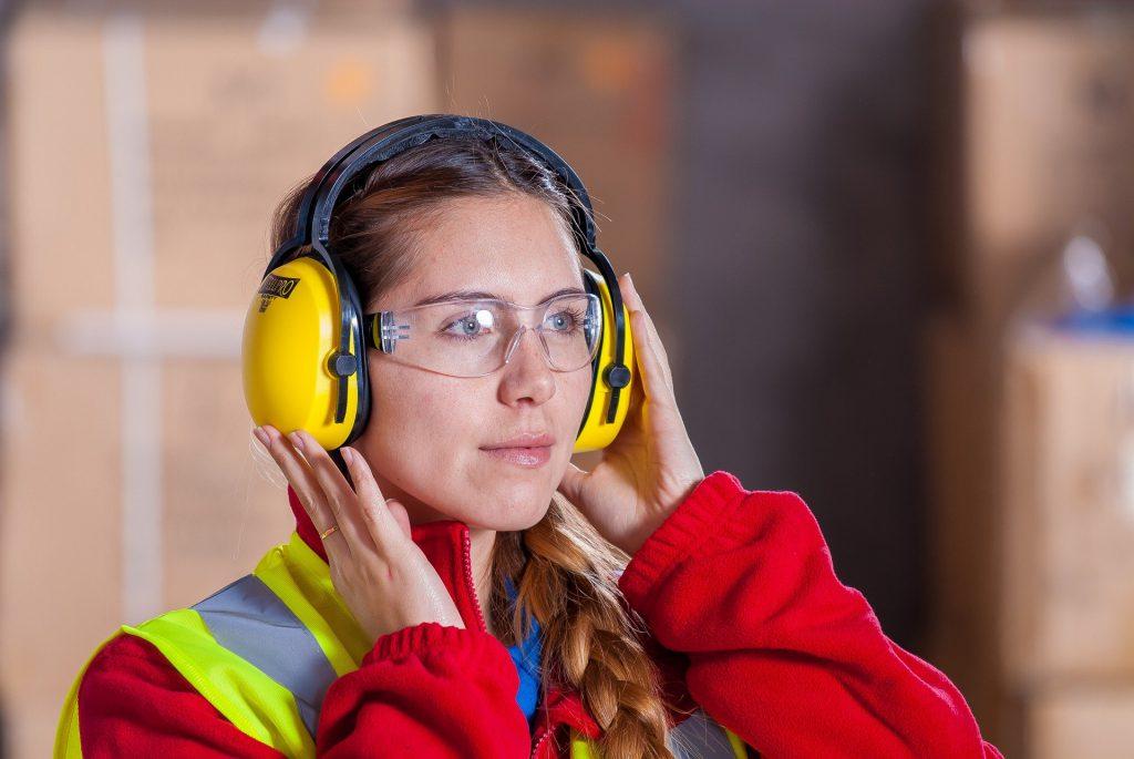 persönliche Schutzausrüstung (PSA), Unterweisen Sie digital nach Vorgaben der Deutschen gesetzlichen Unfallversicherung (DGUV)